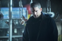 "The Flash -- ""Running to Stand Still"" -- Image: FLA209A_0038b.jpg -- Pictured: Wentworth Miller as Leonard Snart -- Photo: Cate Cameron/The CW -- © 2015 The CW Network, LLC. All rights reserved."