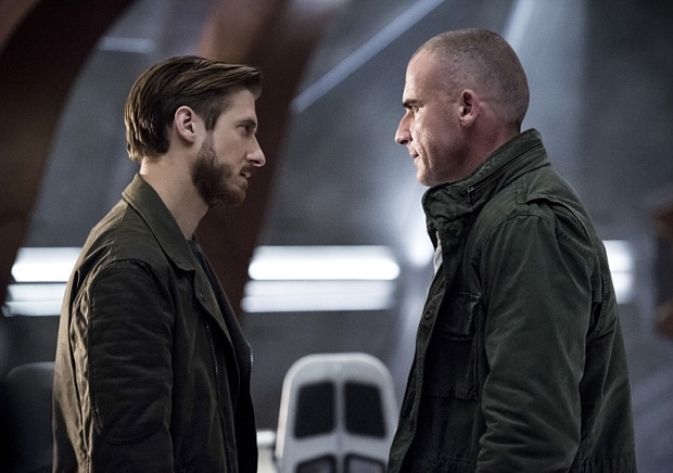 "DC's Legends of Tomorrow -- ""Blood Ties"" -- Image LGN103A_0205b.jpg -- Pictured (L-R): Arthur Darvill as Rip Hunter and Dominic Purcell as Mick Rory/Heat Wave -- Photo: Cate Cameron/The CW -- © 2016 The CW Network, LLC. All Rights Reserved."