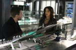 "Arrow -- ""Taken"" -- Image AR415b_0218.jpg -- Pictured (L-R): Stephen Amell as Oliver Queen / The Green Arrow and Megalyn E.K. as Vixen -- Photo: Bettina Strauss/ The CW -- © 2016 The CW Network, LLC. All Rights Reserved."