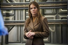"""DC's Legends of Tomorrow -- """"Marooned"""" -- Image LGN107B_0096b.jpg -- Pictured: Stephanie Cleough as Eve Baxter -- Photo: Bettina Strauss/The CW -- © 2016 The CW Network, LLC. All Rights Reserved."""