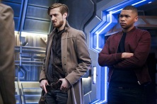 """DC's Legends of Tomorrow -- """"Marooned"""" -- Image LGN107B_0045b.jpg -- Pictured (L-R): Arthur Darvill as Rip Hunter and Franz Drameh as Jefferson """"Jax"""" Jackson -- Photo: Bettina Strauss/The CW -- © 2016 The CW Network, LLC. All Rights Reserved."""