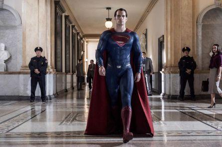 Batman v Superman_Dawn of Justice_Still_Superman