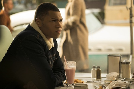 "DC's Legends of Tomorrow -- ""Night of the Hawk"" -- Image LGN108b_0082.jpg -- Pictured: Franz Drameh as Jefferson ""Jax"" Jackson -- Photo: Katie Yu/The CW -- © 2016 The CW Network, LLC. All Rights Reserved"