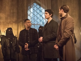 "DC's Legends of Tomorrow -- ""Left Behind"" -- Image LGN109C_0153b.jpg -- Pictured: Franz Drameh as Jefferson ""Jax"" Jackson, Brandon Routh as Ray Palmer/Atom and Arthur Darvill as Rip Hunter -- Photo: Dean Buscher/The CW -- © 2016 The CW Network, LLC. All Rights Reserved."