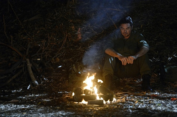 """""""Manhunter"""" -- J'onn J'onzz reveals the details of meeting Kara and Alex's father, Dr. Jeremiah Danvers (Dean Cain, pictured), and assuming Hank Henshaw's identity, on SUPERGIRL, Monday, March 21 (8:00-9:00 PM, ET/PT) on the CBS Television Network. Photo: Darren Michaels/CBS ©2016 CBS Broadcasting, Inc. All Rights Reserved"""