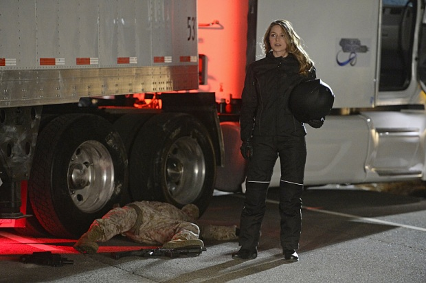 """""""Manhunter"""" -- Kara (Melissa Benoist, pictured) debates trusting someone new with her secret identity and Siobhan (Italia Ricci) plots against Kara, on SUPERGIRL, Monday, March 21 (8:00-9:00 PM, ET/PT) on the CBS Television Network. Photo: Darren Michaels/Warner Bros. Entertainment Inc. © 2016 WBEI. All rights reserved."""