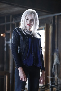 """Worlds Finest"" -- Kara gains a new ally when the lightning-fast superhero The Flash suddenly appears from an alternate universe and helps Kara battle Siobhan, aka Silver Banshee, and Livewire (Brit Morgan, pictured) in exchange for her help in finding a way to return him home, on SUPERGIRL, Monday, March 28 (8:00-9:00 PM, ET/PT) on the CBS Television Network. Photo: Robert Voets/Warner Bros. Entertainment Inc. © 2016 WBEI. All rights reserved."