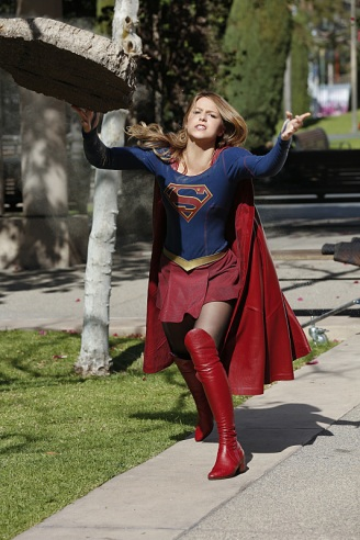 """Worlds Finest"" -- Kara (Melissa Benoist, pictured) gains a new ally when the lightning-fast superhero The Flash suddenly appears from an alternate universe and helps Kara battle Siobhan, aka Silver Banshee, and Livewire in exchange for her help in finding a way to return him home, on SUPERGIRL, Monday, March 28 (8:00-9:00 PM, ET/PT) on the CBS Television Network. Photo: Robert Voets/Warner Bros. Entertainment Inc. © 2016 WBEI. All rights reserved."