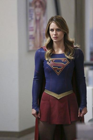 Supergirl_S01E19_Myriad_Still (6)