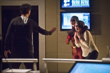 "The Flash -- ""Trajectory"" -- Image FLA216b_0047b -- Pictured (L-R): Tom Cavanagh as Harrison Wells, Allison Paige as Trajectory, and Violett Beane as Jesse -- Photo: Katie Yu/The CW -- © 2016 The CW Network, LLC. All rights reserved."