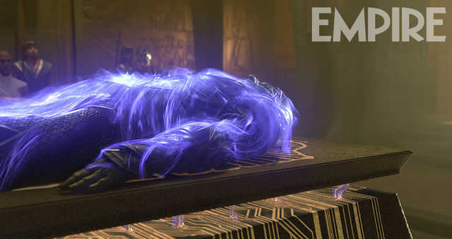 X-Men_Apocalypse_Empire_Still (1)