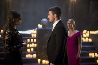 """Arrow -- """"Genesis"""" -- Image AR420b_0080b.jpg -- Pictured (L-R): Gabriella Wright as Esrin Fortuna, Stephen Amell as Oliver Queen and Emily Bett Rickards as Felicity Smoak -- Photo: Diyah Pera/The CW -- © 2016 The CW Network, LLC. All Rights Reserved."""