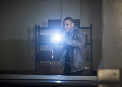 """Arrow -- """" Genesis"""" -- Image AR420a_0001b.jpg -- Pictured: David Ramsey as John Diggle -- Photo: Diyah Pera/The CW -- © 2016 The CW Network, LLC. All Rights Reserved."""