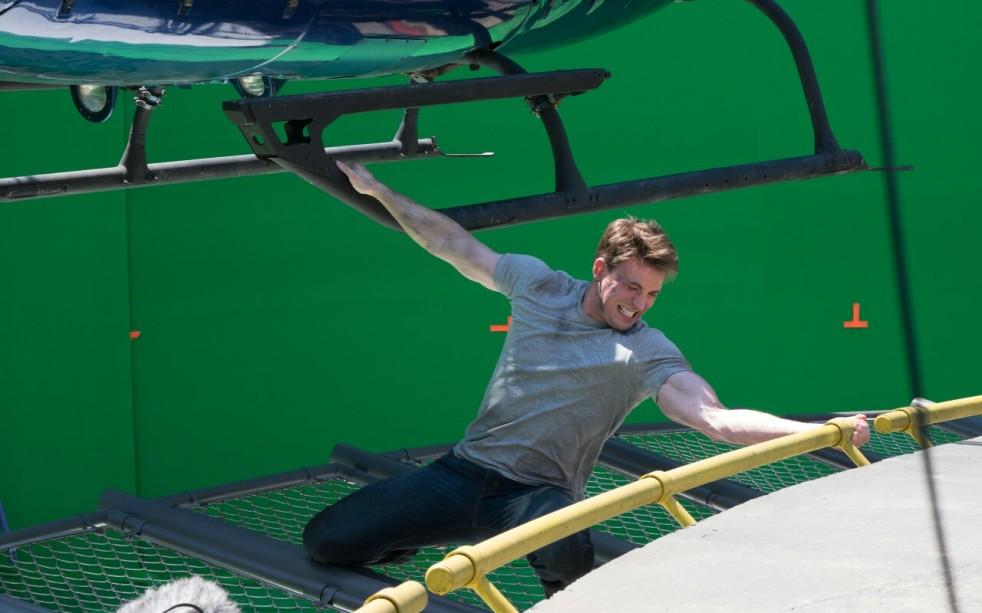 Captain America_Civil War_BTS Still (2)