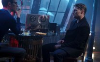 """GOTHAM: L-R: Cory Michael Smith and Ben McKenzie in the """"Wrath of the Villains: Into The Woods"""" episode of GOTHAM airing Monday, April, 11 (8:00-9:01 PM ET/PT) on FOX. ©2016 Fox Broadcasting Co. Cr: FOX"""