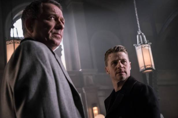 "GOTHAM: L-R: Sean Pertwee and Ben McKeznie in the ""Wrath of the Villains: Pinewood"" episode of GOTHAM airing Monday, April, 18 (8:00-9:01 PM ET/PT) on FOX. ©2016 Fox Broadcasting Co. Cr: Jeff Neumann/FOX"
