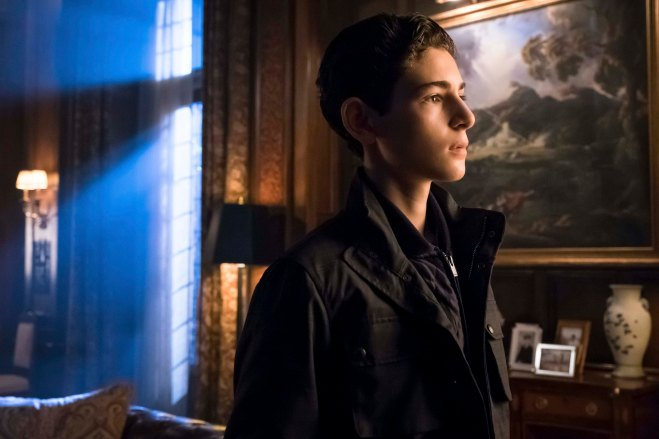 Gotham_S02E20_Unleashed_Still (9)