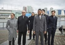"""DC's Legends of Tomorrow -- """"Progeny"""" -- Image LGN110b_0035b.jpg -- Pictured (L-R): Caity Lotz as Sara Lance/White Canary, Victor Garber as Professor Martin Stein, Wentworth Miller as Leonard Snart/Captain Cold, Franz Drameh as Jefferson """"Jax"""" Jackson, Brandon Routh as Ray Palmer/Atom and Arthur Darvill as Rip Hunter -- Photo: Diyah Pera/The CW -- © 2016 The CW Network, LLC. All Rights Reserved"""