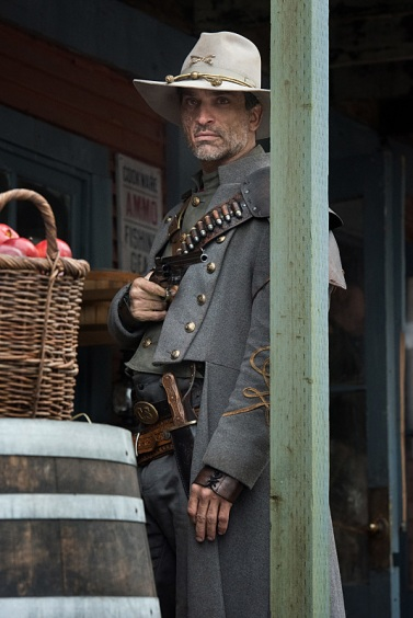 """DC's Legends of Tomorrow -- """"The Magnificent Eight""""-- LGN111b_0177.jpg -- Pictured: Johnathon Schaech as Jonah Hex -- Photo: Dean Buscher/The CW -- © 2016 The CW Network, LLC. All Rights Reserved"""