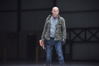 "DC's Legends of Tomorrow -- ""Last Refuge""-- Image LGN112b_0258b.jpg -- Pictured: Dominic Purcell as Mick Rory/Heat Wave -- Photo: Dean Buscher/The CW -- © 2016 The CW Network, LLC. All Rights Reserved."