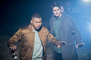 "DC's Legends of Tomorrow -- ""Leviathan""-- Image LGN113a_0375b.jpg -- Pictured (L-R): Franz Drameh as Jefferson ""Jax"" Jackson and Brandon Routh as Ray Palmer/Atom -- Photo: Dean Buscher/The CW -- © 2016 The CW Network, LLC. All Rights Reserved."