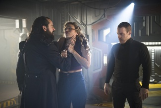 "DC's Legends of Tomorrow --""River of Time""-- Image LGN114b_0363b.jpg -- Pictured (L-R): Casper Crump as Vandal Savage, Ciara Renee as Kendra Saunders/Hawkgirl and Falk Hentschel as Hawkman/Carter Hall -- Photo: Diyah Pera/The CW -- © 2016 The CW Network, LLC. All Rights Reserved."