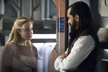 """DC's Legends of Tomorrow --""""River of Time""""-- Image LGN114a_0176b.jpg -- Pictured (L-R): Caity Lotz as Sara Lance/White Canary and Casper Crump as Vandal Savage -- Photo: Diyah Pera/The CW -- © 2016 The CW Network, LLC. All Rights Reserved."""