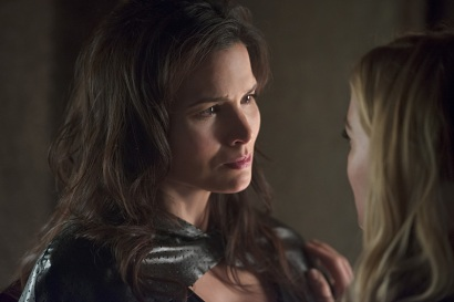 "DC's Legends of Tomorrow --""River of Time""-- Image LGN114a_0316b.jpg -- Pictured: Katrina Law as Nyssa al Ghul -- Photo: Diyah Pera/The CW -- © 2016 The CW Network, LLC. All Rights Reserved."