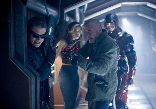 "DC's Legends of Tomorrow --""River of Time""-- Image LGN114b_0047b.jpg -- Pictured (L-R): Wentworth Miller as Leonard Snart/Captain Cold, Ciara Renee as Kendra Saunders/Hawkgirl, Dominic Purcell as Mick Rory/Heat Wave and Brandon Routh as Ray Palmer/Atom -- Photo: Diyah Pera/The CW -- © 2016 The CW Network, LLC. All Rights Reserved."