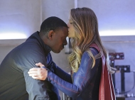 """""""Better Angels"""" -- Supergirl (Melissa Benoist, right) is forced to do battle with an unexpected foe and must risk everything -- including her life -- to prevent Non and Indigo from destroying every person on the planet, on the first season finale of SUPERGIRL, Monday, April 18 (8:00-9:00 PM, ET/PT) on the CBS Television Network. Also pictured: David Harewood (left) Photo: Cliff Lipson/CBS ©2016 CBS Broadcasting, Inc. All Rights Reserved"""