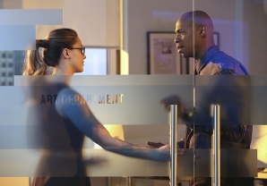 """""""Better Angels"""" -- Supergirl (Melissa Benoist, left) is forced to do battle with an unexpected foe and must risk everything -- including her life -- to prevent Non and Indigo from destroying every person on the planet, on the first season finale of SUPERGIRL, Monday, April 18 (8:00-9:00 PM, ET/PT) on the CBS Television Network. Also pictured: Mehcad Brooks (right) Photo: Cliff Lipson/CBS ©2016 CBS Broadcasting, Inc. All Rights Reserved"""