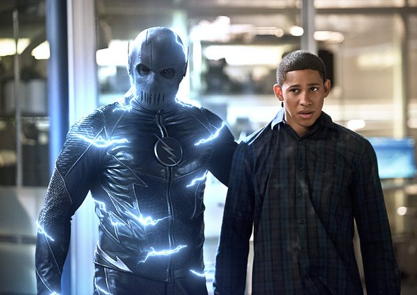 The Flash_S02E18_Versus Zoom_Still