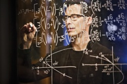 """The Flash -- """"Rupture"""" -- Image: FLA220b_0168b.jpg -- Pictured: Tom Cavanagh as Harrison Wells -- Photo: Bettina Strauss/The CW -- © 2016 The CW Network, LLC. All rights reserved."""