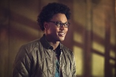 "Arrow -- ""Lost in the Flood"" -- Image AR422a_0143b.jpg -- Pictured: Echo Kellum as Curtis Holt -- Photo: Dean Buscher/The CW -- © 2016 The CW Network, LLC. All Rights Reserved."
