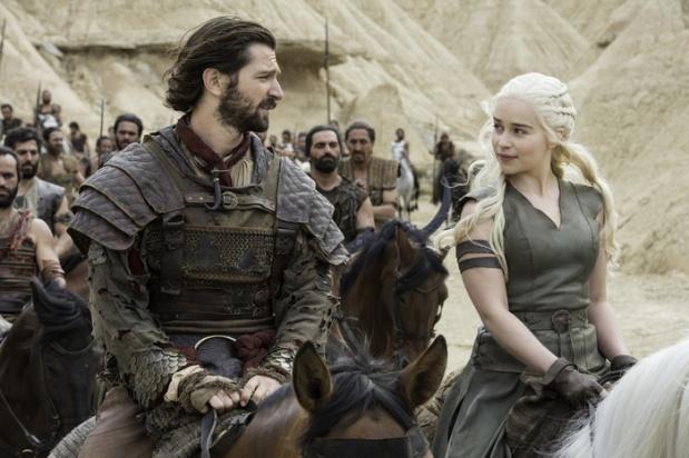 Michiel Huisman as Daario Naharis and Emilia Clarke as Daenerys Targaryen. Credit: Macall B. Polay/HBO