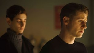 """GOTHAM: L-R: David Mazouz and Ben McKenzie in the """"Wrath of the Villains: Transference"""" season finale episode of GOTHAM airing Monday, May 23 (8:00-9:00 PM ET/PT) on FOX. ©2016 Fox Broadcasting Co. Cr: Jeff Neumann/FOX"""