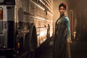 """GOTHAM: Guest star Jada Pinkett Smith in the """"Wrath of the Villains: Transference"""" season finale episode of GOTHAM airing Monday, May 23 (8:00-9:00 PM ET/PT) on FOX. ©2016 Fox Broadcasting Co. Cr: Jeff Neumann/FOX"""