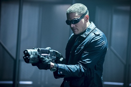 """DC's Legends of Tomorrow -- """"Destiny""""-- Image LGN115a_0040b.jpg -- Pictured: Wentworth Miller as Leonard Snart/Captain Cold -- Photo: Cate Cameron/The CW -- © 2016 The CW Network, LLC. All Rights Reserved."""