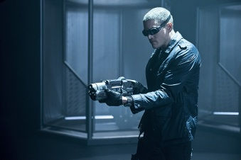 """DC's Legends of Tomorrow -- """"Destiny""""-- Image LGN115a_0216b.jpg -- Pictured: Wentworth Miller as Leonard Snart/Captain Cold -- Photo: Cate Cameron/The CW -- © 2016 The CW Network, LLC. All Rights Reserved."""