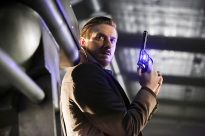 "DC's Legends of Tomorrow --""Destiny""-- Image LGN115b_0113b.jpg -- Pictured: Arthur Darvill as Rip Hunter -- Photo: Bettina Strauss/The CW -- © 2016 The CW Network, LLC. All Rights Reserved."
