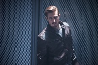 "DC's Legends of Tomorrow -- ""Destiny""-- Image LGN115a_0079b.jpg -- Pictured: Arthur Darvill as Rip Hunter -- Photo: Cate Cameron/The CW -- © 2016 The CW Network, LLC. All Rights Reserved."