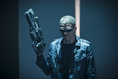 """DC's Legends of Tomorrow -- """"Destiny""""-- Image LGN115a_0090b.jpg -- Pictured: Wentworth Miller as Leonard Snart/Captain Cold -- Photo: Cate Cameron/The CW -- © 2016 The CW Network, LLC. All Rights Reserved."""