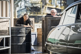 "DC's Legends of Tomorrow --""Legendary""-- Image LGN116b_0138b.jpg -- Pictured (L-R): Franz Drameh as Jefferson ""Jax"" Jackson and Victor Garber as Professor Martin Stein -- Photo: Dean Buscher/The CW -- © 2016 The CW Network, LLC. All Rights Reserved."