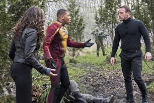 "DC's Legends of Tomorrow --""Legendary""-- Image LGN116a_0263b2.jpg -- Pictured (L-R): Ciara Renee as Kendra Saunders/Hawkgirl, Franz Drameh as Jefferson ""Jax"" Jackson and Falk Hentschel as Carter Hall/Hawkman -- Photo: Dean Buscher/The CW -- © 2016 The CW Network, LLC. All Rights Reserved."