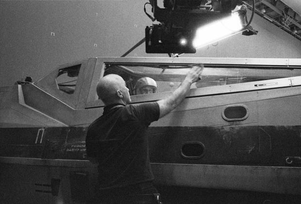 Star Wars_Episode VIII_Set Photo (3)