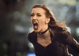 The Flash_S02E22_Invincible_Still (5)