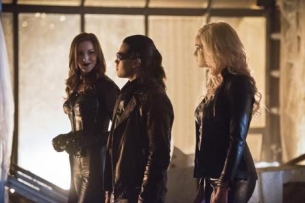 The Flash_S02E22_Invincible_Still