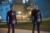"The Flash -- ""The Race of His Life"" -- Image: FLA223b_0166b.jpg -- Pictured (L-R): Grant Gustin as Barry Allen and Teddy Sears as Jay Garrick -- Photo: Katie Yu/The CW -- © 2016 The CW Network, LLC. All rights reserved."
