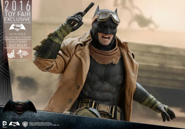 BvS_DoJ_Knightmare Batman Collectible Figure (7)
