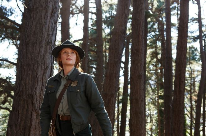 Pete's Dragon_Still (3)